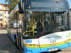 Uwaga. Autobus nr 10 o trzy minuty szybciej.