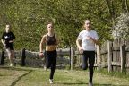 Na starcie w Wapnicy  biegacze w każdym wieku